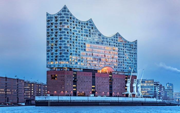 Kling & Freitag VIDA L till Elbphilharmonie Hamburg